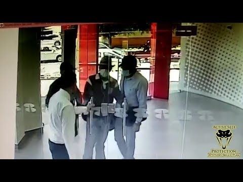 Manager Stops Robbery in the Simplest Way Possible | Active Self Protection