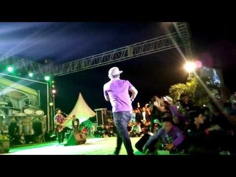 TIPE X - PESTA #LIVE IN AL-FUSHA PEKALONGAN