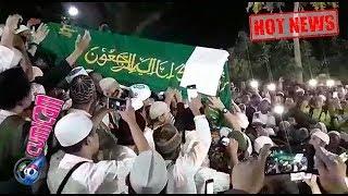 Hot News! Ribuan Orang Mengantar Ust. Arifin Ilham Ke Peristirahatan Terakhir   Cumicam 23 Mei 2019