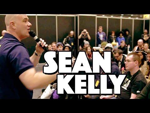 Auctioneer Sean Kelly