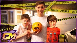 Halloween House Challenge!! - Halloween Kids Video