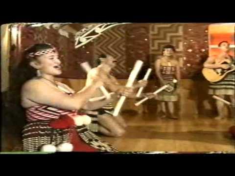 """""""E Papa """" - MAORI TITITOREA 's Dance"""