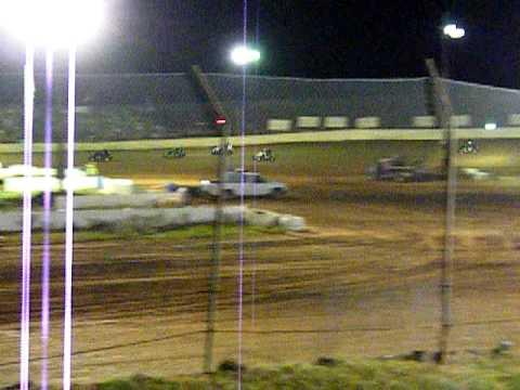 """Shane Freeman """"5"""" on the 105 Speedway."""