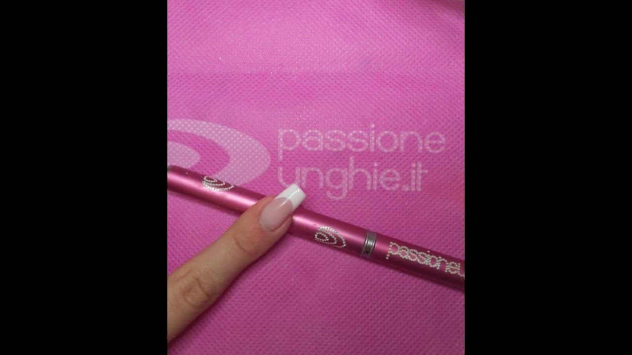 Ricostruzione unghie con i prodotti passione unghie - Diva nails prodotti ...