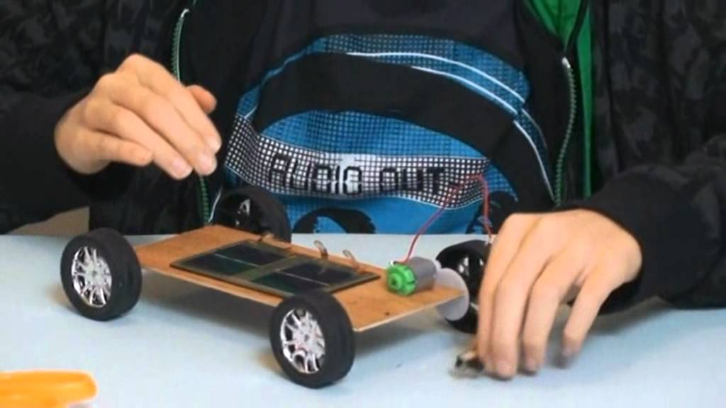 How to make a SOLAR CAR - YouTube