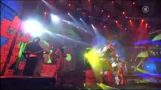 Rihanna-Rihanna Echo Awards 2010 Rude Boy Performance With Robots