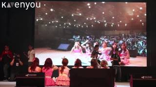 Apink - Posing with Fans [Vizit Korea 2013]