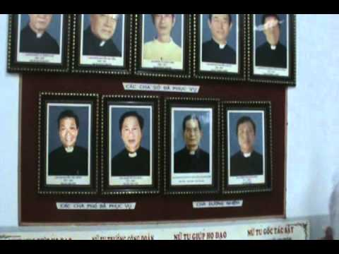Hành hương viếng mộ Cha Fx. Trương Bửu Diệp 2010 (2)