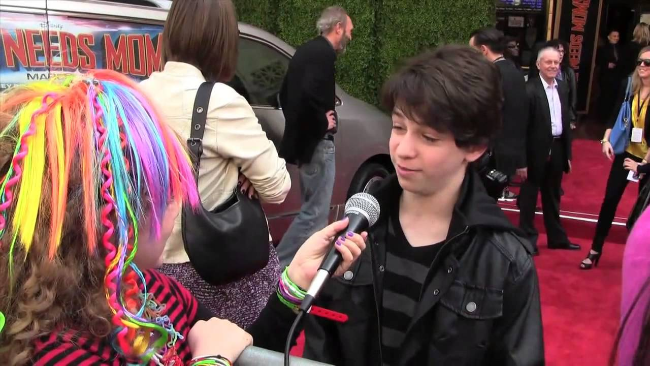 Diary Of A Wimpy Kid Cast Interview Peyton List Zachary Gordon