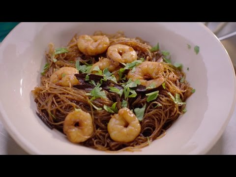Thai noodles with Prawns and Cinnamon recipe – Simply Nigella: Episode 1 – BBC Two