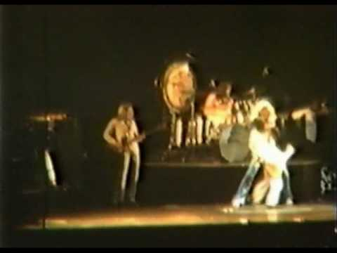 Led Zeppelin - Live in New York 1977
