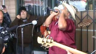 Скачать Don Cheto Cantando La Crisis El Tatuado En Riverside Hasta Esperanza Puebla