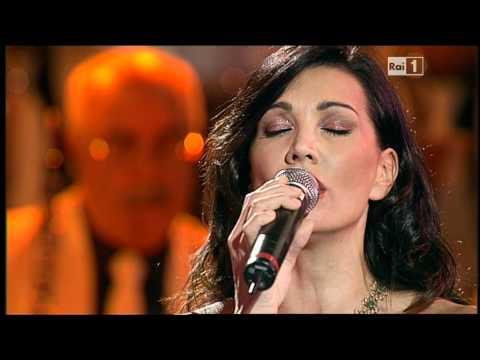 Francesco Merola e Luisa Corna in Tu Ca Nun Chiagne a Napoli Prima e Dopo 2011