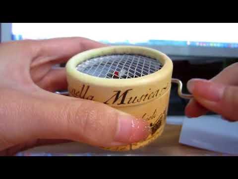 Hand Crank Music Box - Music Note Gifts