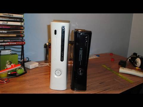 what changed on the new xbox 360 slim vs old xbox 360. Black Bedroom Furniture Sets. Home Design Ideas