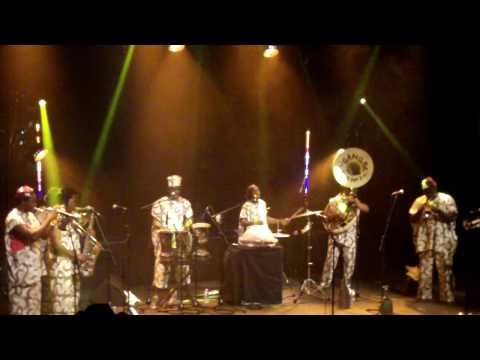 Gangbé Brass Band - live