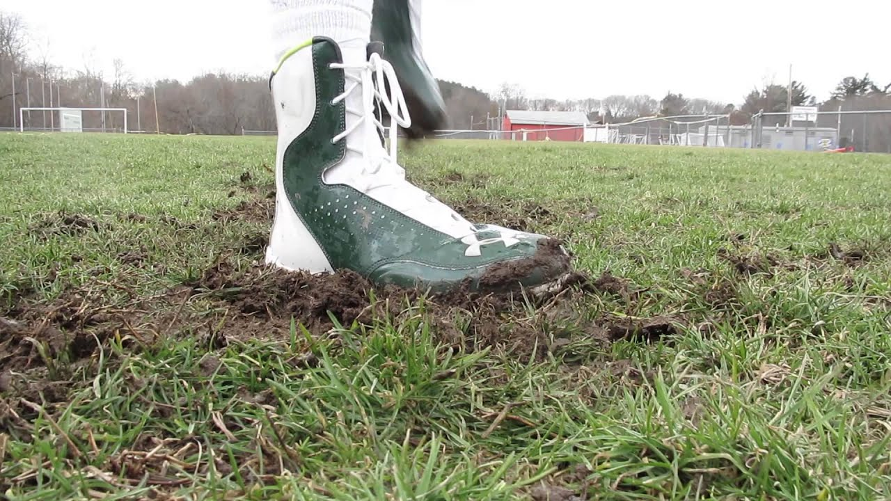 Mud-Resistant Cleats : football boots