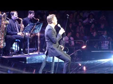 Michael Bublé - At This Moment (Madison Square Garden, NYC)
