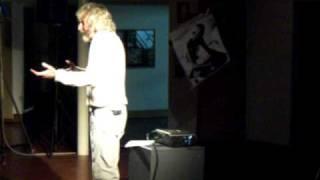 Carlo Rivolta recita Pace per Vivere. Gandhi Einstein in dialogo.avi
