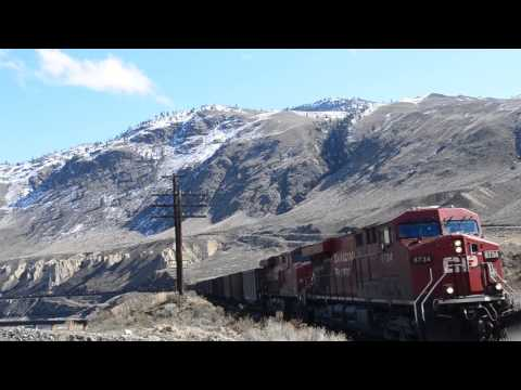 CP Coal Train Breaks Apart !! Goes into Emergency (Drone)