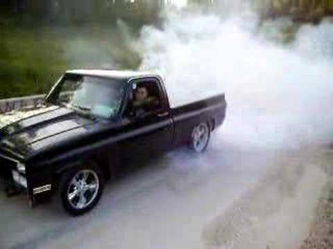 85 chevy pickup burnout - YouTube