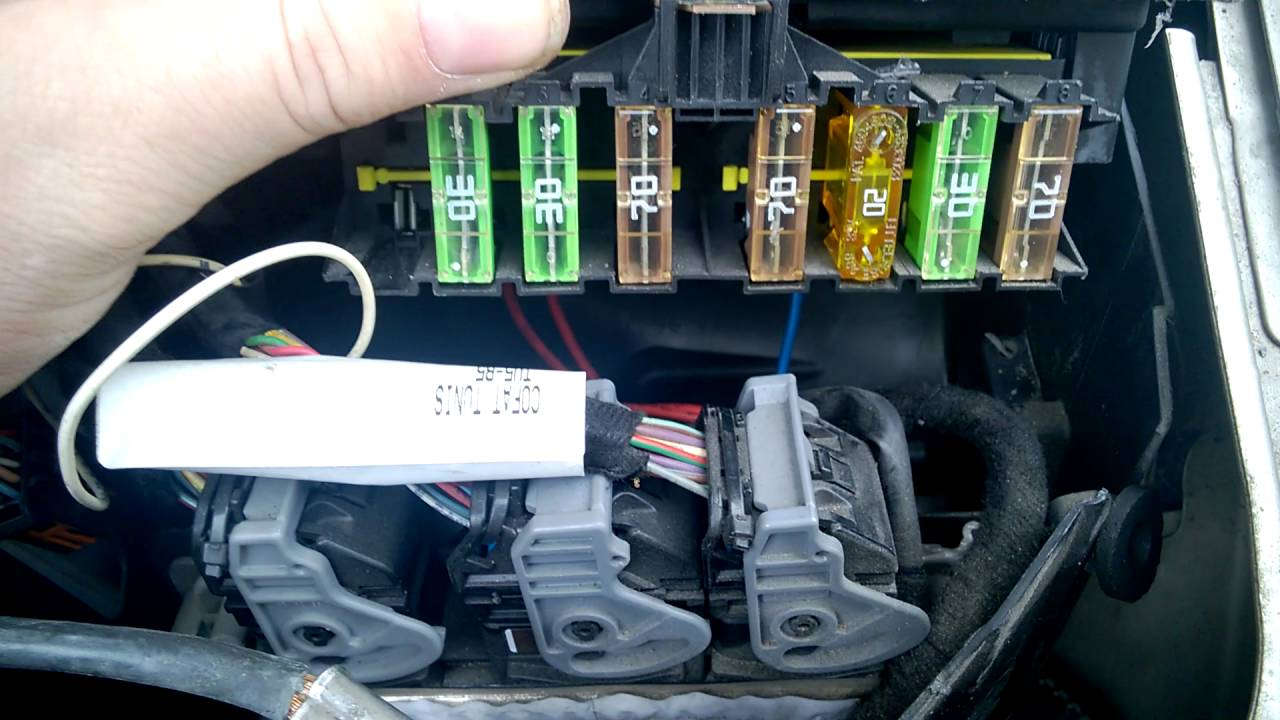 nissan pathfinder fuse box diagram whole house audio wiring peugeot 307sw suursulakkeet / big fuses that are hidden from you - youtube