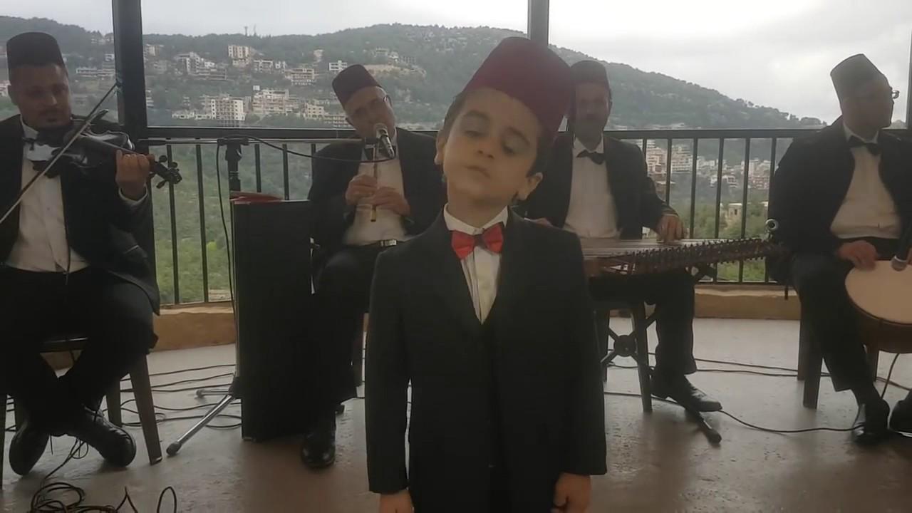 """طفل يمان علاء يغني """" شو هالأيام لوصلنالها """" Arabs got talent"""