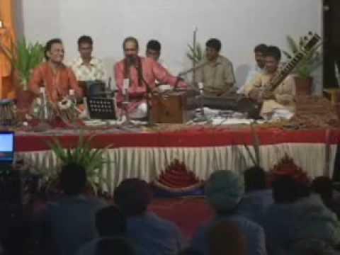 Payo Ji Me Ne - Mira Bhajan