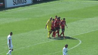 Atlético vence Chapecoense na Arena Condá