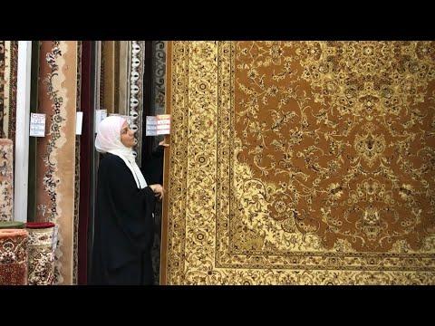 انا في شارع المفروشات بحي الفيصلية اللي سالتوني عليه كتير ونكمل شارع اسد السنة عروض العمار لمروة Youtube