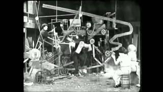 """Ciné-concert """"Mr Bricolo et ses amis"""" : la machine à fabriquer des oeufs incassables"""