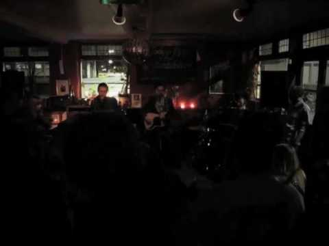 Tommy Hinkley & The Wandering Horse  It's Time you got it in your heart  Live @ The Glad