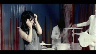 Watch Flyleaf All Around Me video