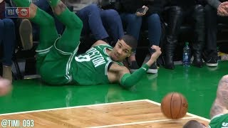 Jayson Tatum with great hustle as the Celtics score on the other side of the floor!