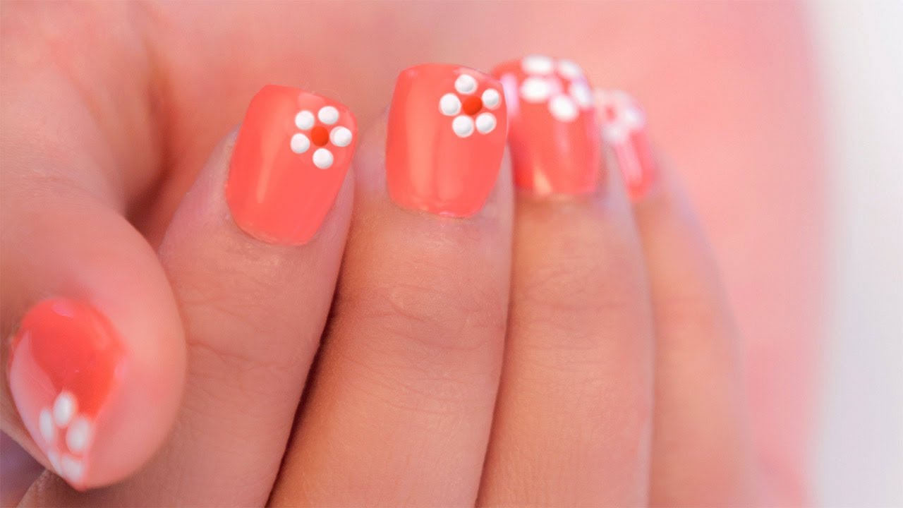 EASY FLOWER NAIL ART FOR BEGINNERS