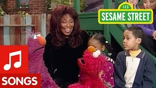 Sesame Street: Chaka Khan Sings about Faces with Elmo and Telly