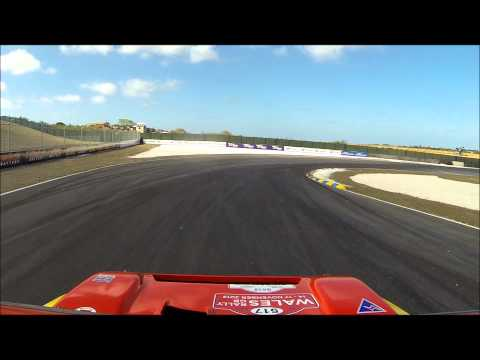 Lewis Hamilton Vs 6R4 Metro Top Gear Festival Barbados 2014 Sunday Ultimate Motorsport Showdown