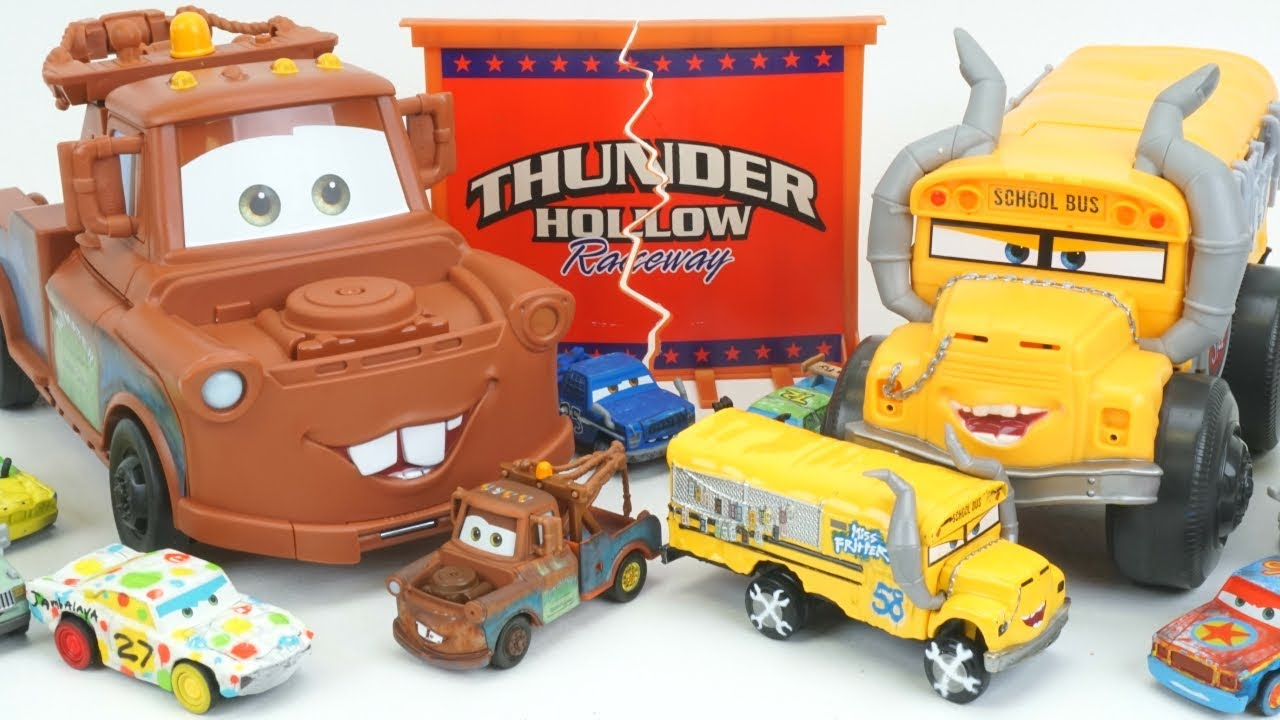 Cars 3 transforming mater vs miss fritter thunder hollow speedway crazy 8 crashers jambalya - Coloriage cars 3 thunder hollow ...