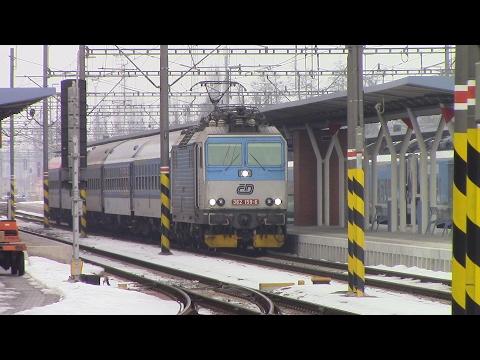 Vlaky ve ČD stanici Olomouc hlavní nádraží