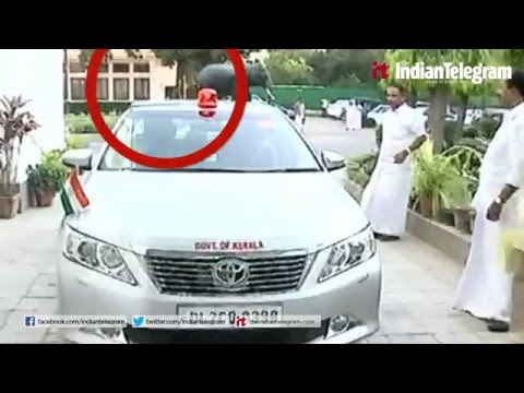 kerala politician use beacon light in delhi