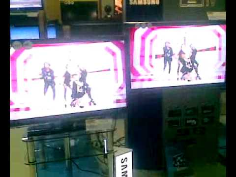 2NE1 in an electronics shop in Russia (Novosibirsk).mp4