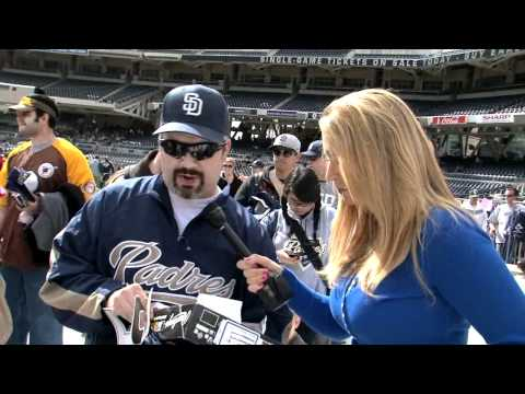 Annie Hits Padres FanFest 2012