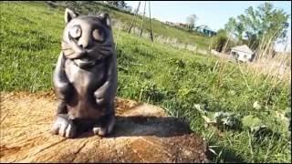 Резьба по дереву для начинающих. Котейка,скульптура.wood carving,cat sculpture(Резьба по дереву. Простая но симпотичная статуэтка. Материал кедр., 2016-05-27T15:36:59.000Z)