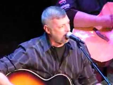 Darryl Worley Sings Have You Forgotten at Valentines For Veterans Concert