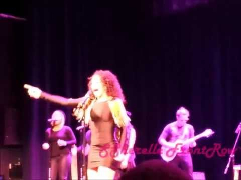 """Elle Varner Performs """"Only Want To Give It To You"""" Live!!"""