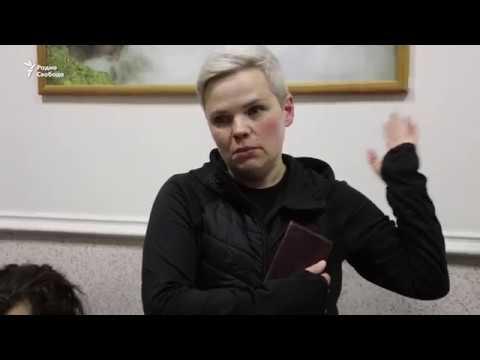 Суд отказался вернуть детей Юлии Савиновских