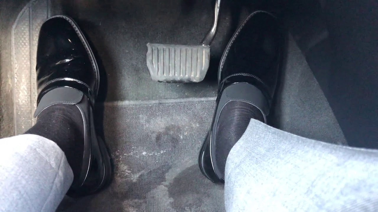 4508d0f105 Giorgio Brutini patent leather opera pumps - YouTube