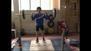 Вячеслав Яркин готовится к чемпионату мира по тяжелой атлетике