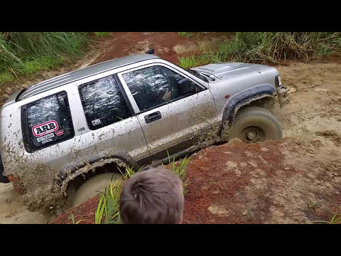 Woodhill Forest NZ Four Wheel Driving