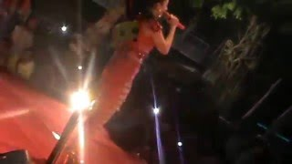 Video Zaskia Gotik Tarik Selimut Ultah Kab. Cilacap Maret 2016 download MP3, 3GP, MP4, WEBM, AVI, FLV Oktober 2017